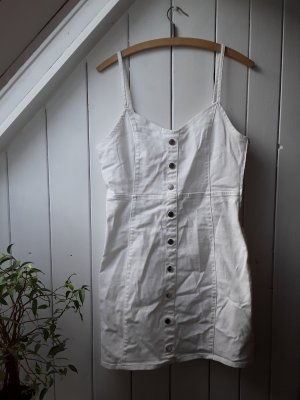 Weißes Kleid von Amisu