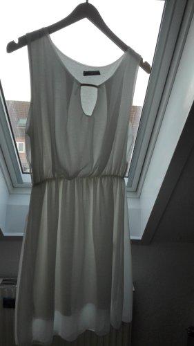Weißes Kleid von Colloseum