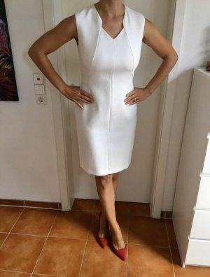 Weißes Krepp  Kleid