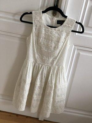 Weißes Needle & Thread Kleid mit Stickerei