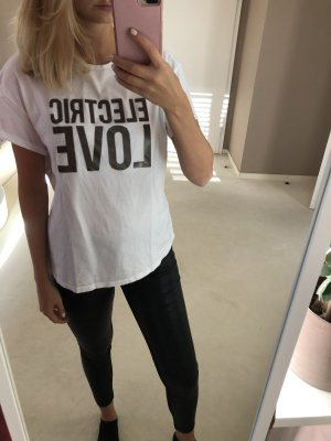 Weißes Shirt mit Aufdruck