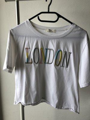 """Weißes Shirt mit """"London"""" Stickerei"""