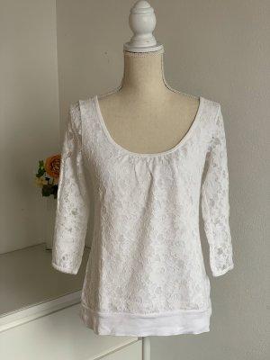 Weißes Shirt mit Spitze