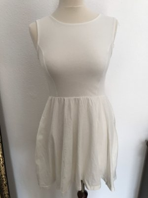 Weißes Sommer Baumwollkleid