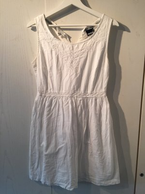 1982 Robe trapèze blanc