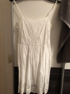 Amisu Sukienka na ramiączkach biały