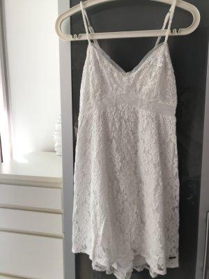 Weißes Sommerkleid aus Spitze von A&F