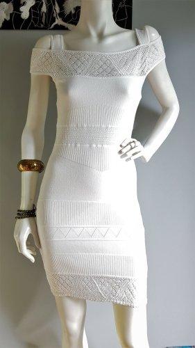Weißes Sommerkleid// Cut-Out-Kleid// Brautkleid// Strickkleid mit Häkelspitze