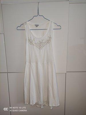 Weißes Sommerkleid mit Perlen
