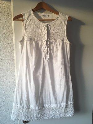 Weißes Sommerkleidchen Spitze