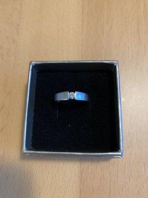 Christ Złoty pierścionek biały