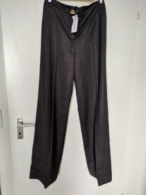 Weit geschnittene Hose aus Wolle Gr.38-40