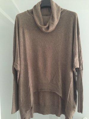 Weit geschnittener Pullover
