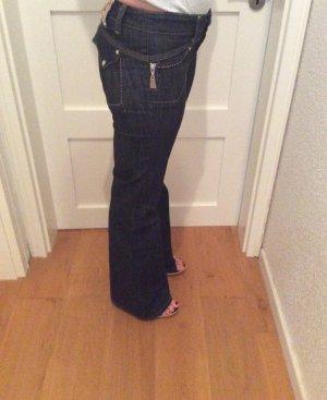 Jeans svasati blu scuro