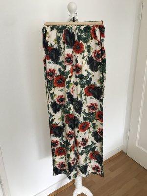 Weite gerade geschnittene Hose mit Blumenmuster