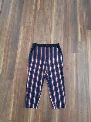 Weite Hose in dunkel blau dunkel rot weiß gestreift Gr. 42 von Reserved