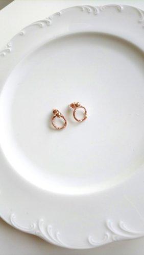 wellige kreisförmige roségoldene Ohrringe