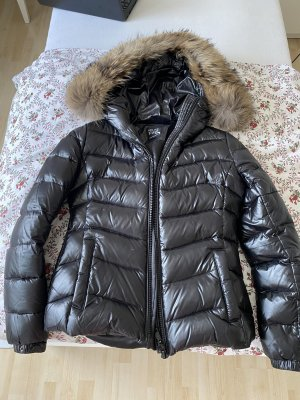 We Love Furs Down Jacket black