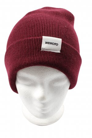 Wemoto Beanie red casual look