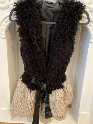 Fur vest black-cream