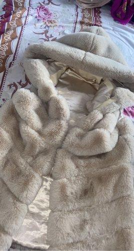 Millania Smanicato di pelliccia crema