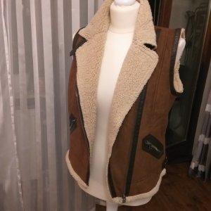 Zara Trafaluc Chaleco de cuero marrón claro