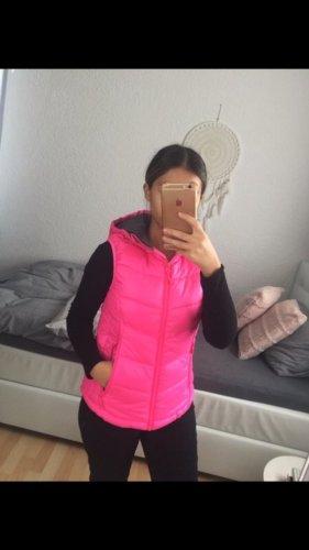 Chaleco con capucha rosa