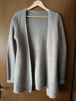 Gilet long tricoté gris brun