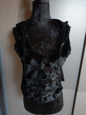 Tredy Knitted Vest black