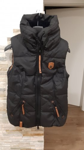 Naketano Quilted Gilet black
