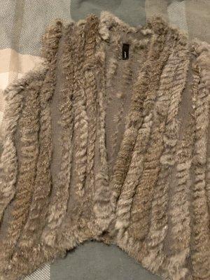 unbekannte Fur vest grey