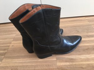 Western Boots aus Leder