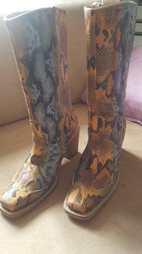 Western Stiefel im python print