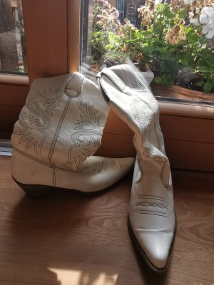Western Booties white