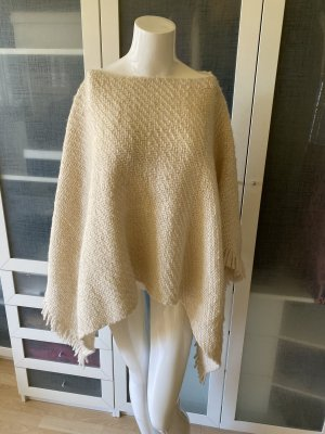 Knitted Poncho natural white