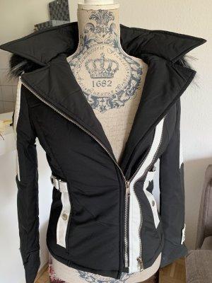 Veste en cuir synthétique noir-blanc