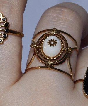 Zdobiony pierścionek złoto