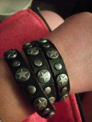 Bracelet en cuir gris-brun