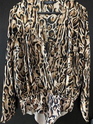 Wickelbluse mit Print aus Zara