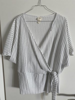 H&M Wraparound Blouse black-white
