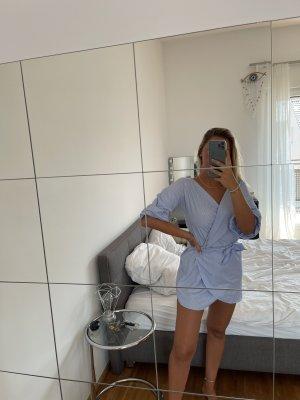 Robe portefeuille blanc-bleu azur