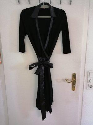 Gina Benotti Vestido cruzado negro