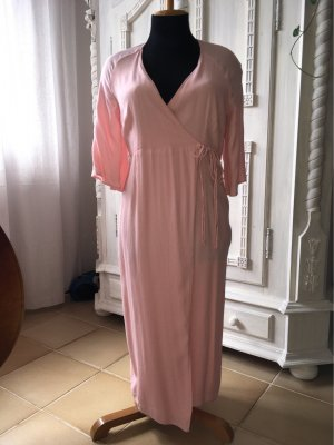 Kopertowa sukienka jasny różowy-stary róż
