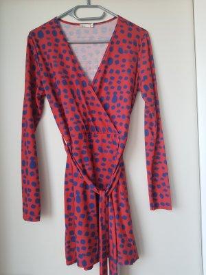 NLY Trend Vestido cruzado rojo-azul acero