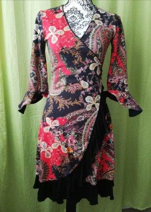 Kopertowa sukienka czarny-ceglasty