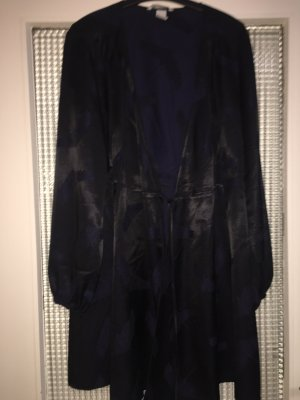 H&M Vestido cruzado azul oscuro