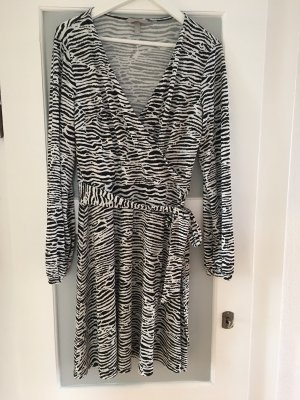 Wickelkleid mit Zebramuster von H&M