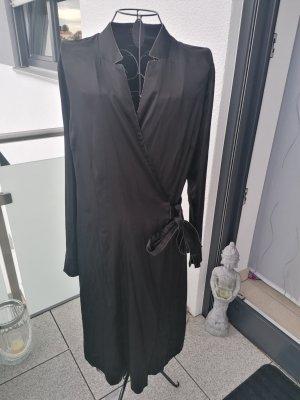 Gustav Vestido cruzado negro