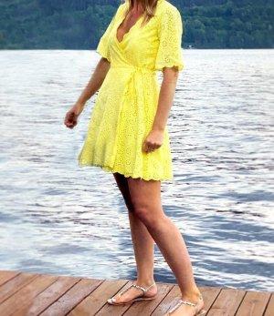 Wickelkleid Sommerkleid Lochmuster YAS Gr. L gelb Kleid