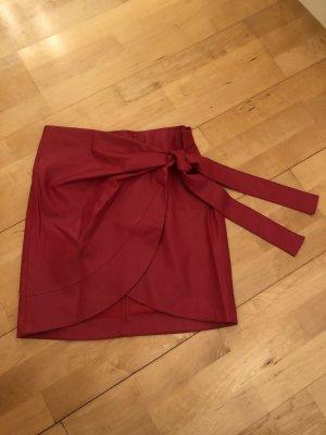 Mango Falda cruzada rojo Imitación de cuero